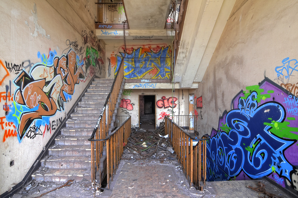 Graffiti Duisburg metal factory pictureart photography